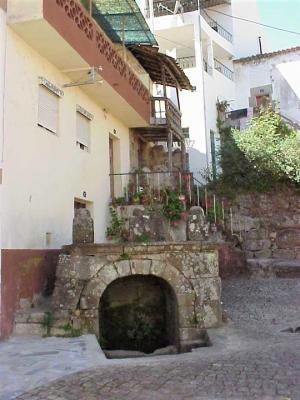 Fonte da Rua da Fonte, Aldeia de Joanes
